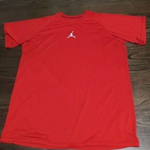 Nike Air Jordan Men's Red Dri-Fit T-shirt XL